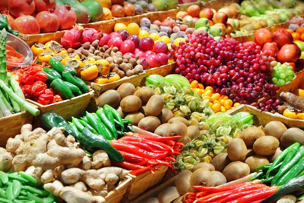 The next time you'll visit the supermarket remember these basic vegetable and fruit buying tips to select the best produce.